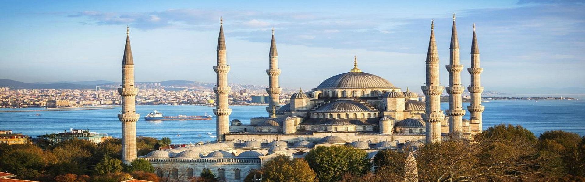 Istanbul: su e giù col carretto