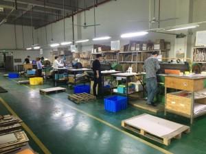 Una fabbrica cinese di giochi da tavolo. Immagine rappresentativa non legata a Portal Game(credit: nicefunnygames.com)