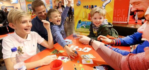 In Germania non tutti sono giocatori, ma molte famiglie hanno in libreria due o tre che non sono il classico Monopoly o Cluedo (credit: deutschland.de)