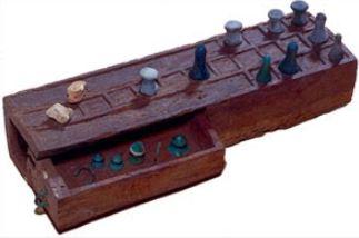 20 square game Oriental Institute, legno, Nuovo Regno, 18-19 dinastia ca. 1550-1070