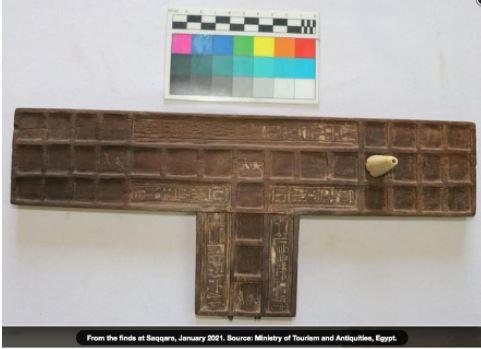 Il Gioco delle 20 Caselle trovato a Saqqara. Una versione per 4 giocatori?