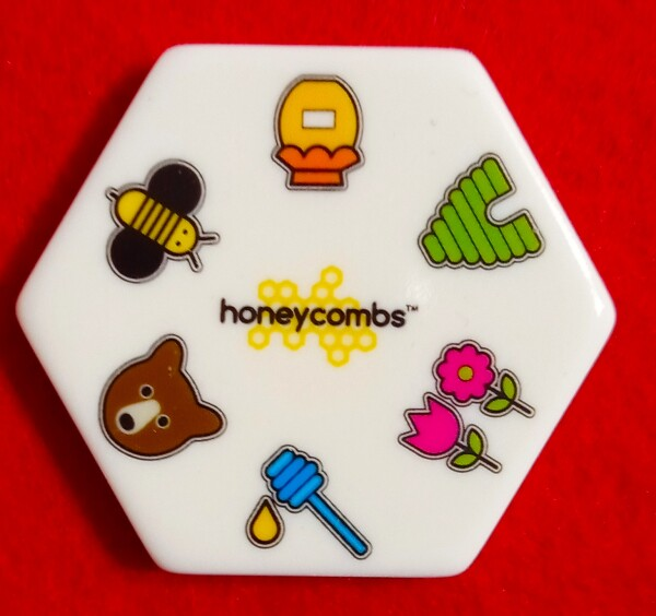 Una tessera di Honeycombs