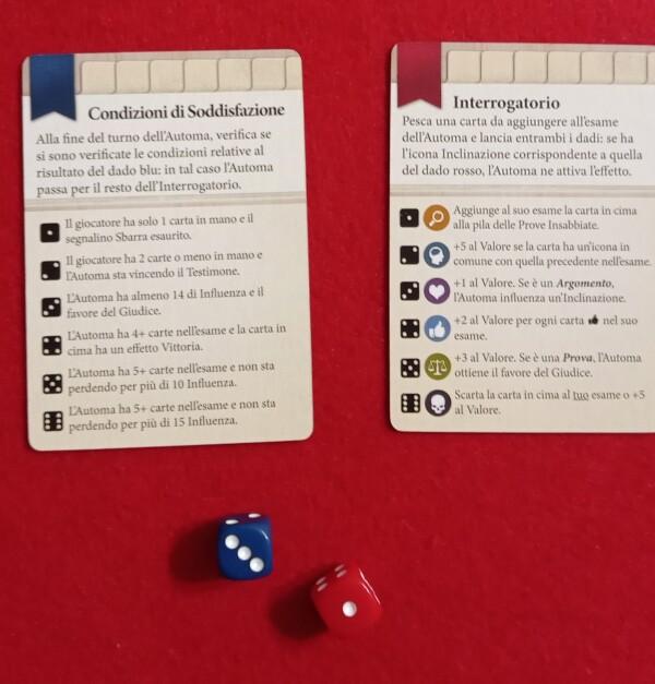 Due carte regolano l'automa nel caso di solitario